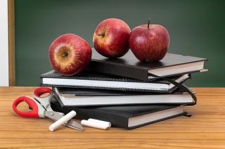 School-2276269__340